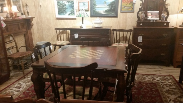 Merveilleux Game Table With Removeable Inset For Chess, Checkers, Backgammon Or Cards.  Set Of